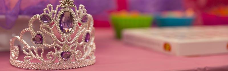 krona za princesko ki se uporablja za rojstni dan