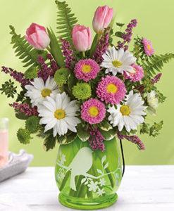 šopek svetlega cvetja